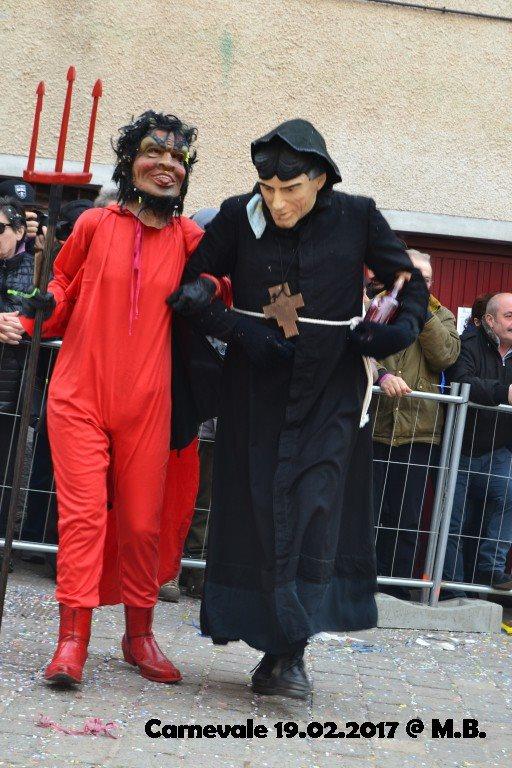 """Il diavolo e l'acqua santa...quasi - via Facebook """"Carnevale di Livemmo"""""""