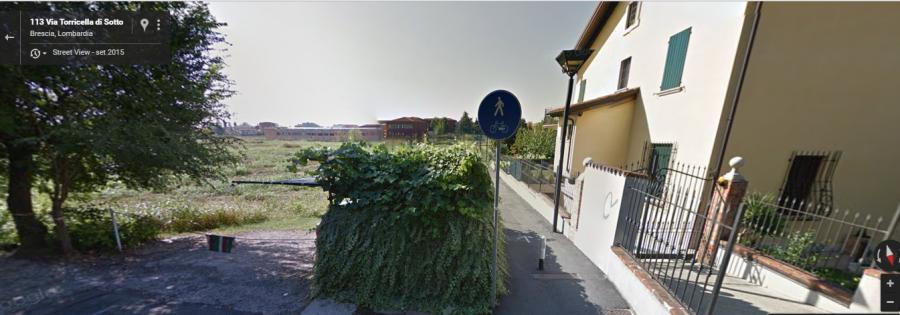 Imbocco pedonale che collega Via Torricella di sotto al parcheggio della scuola de Andrè